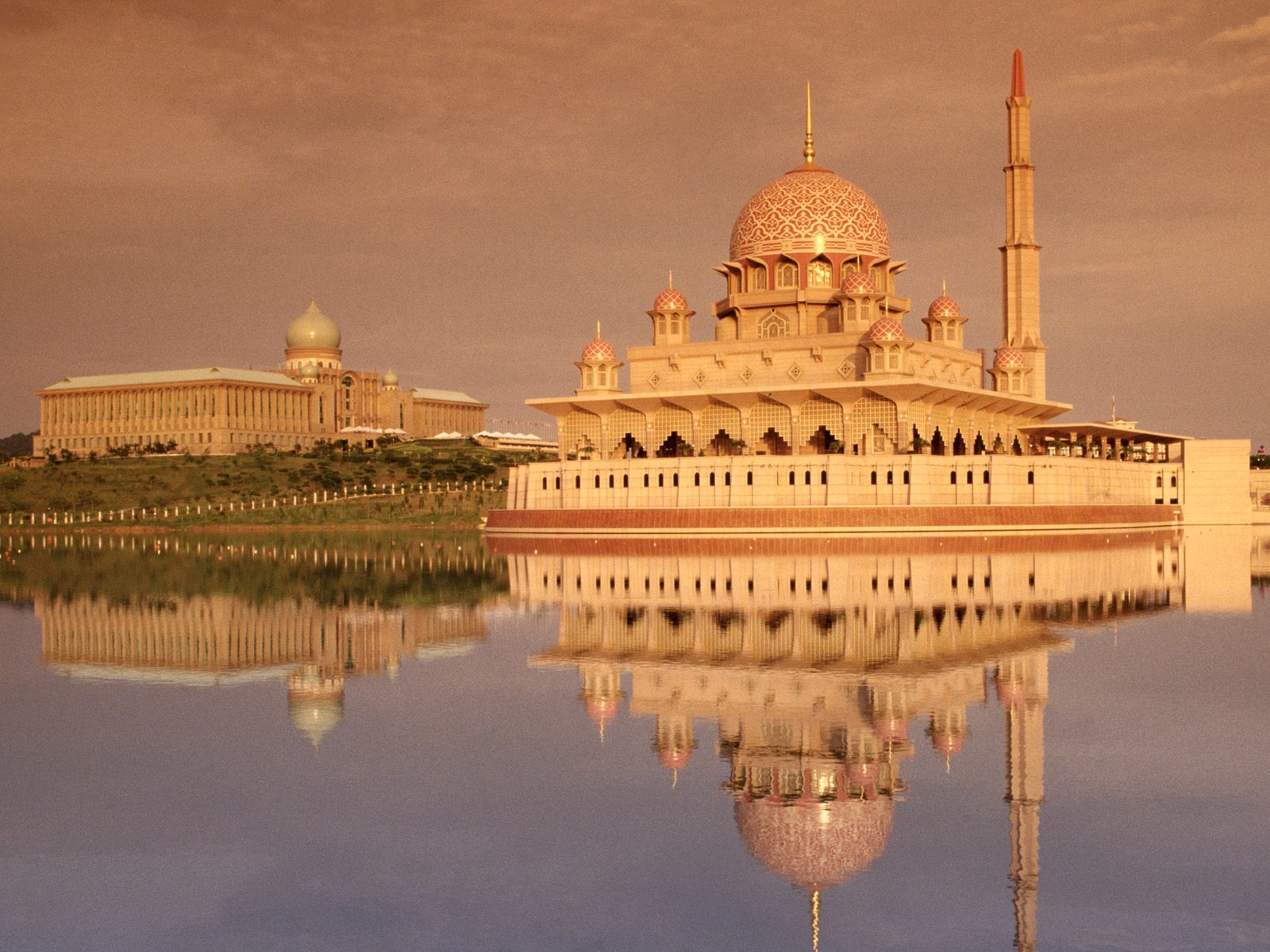 jerteh muslim Kuantan's best 100% free muslim dating site meet thousands of single muslims in kuantan with mingle2's free muslim personal ads and chat rooms our network of muslim men and women in kuantan is the perfect place to make muslim friends or find a muslim boyfriend or girlfriend in kuantan.